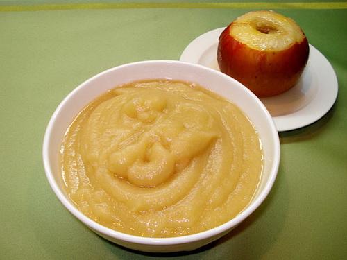 Пюре из яблок для грудничков своими руками